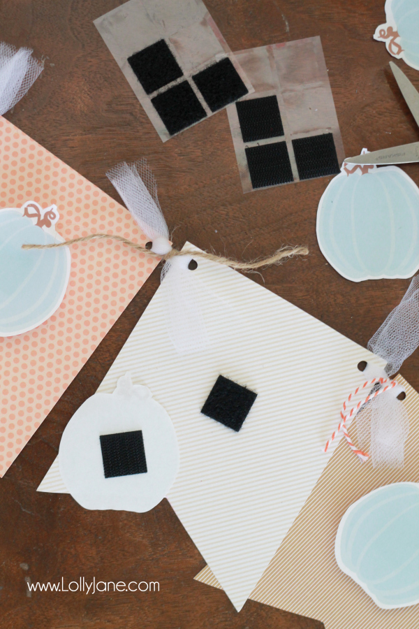 Easy DIY Fall Pumpkin Bunting