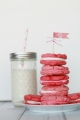 Easy ombre pink whoopie pie cookies, yum!! | lollyjane.com