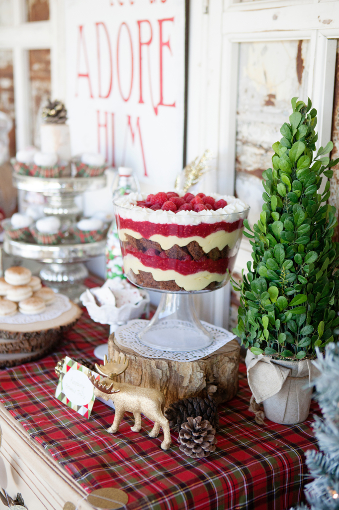 holiday party ideas modern vintage themed 30797