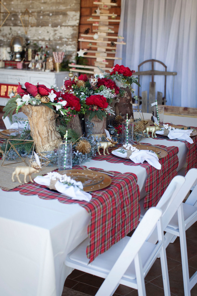 Modern Vintage Christmas themed party ideas so pretty! Lots of Christmas decor ideas! & Modern Vintage Christmas themed party ideas so pretty! Lots of ...