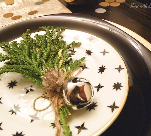 Easy holiday party table setting tips