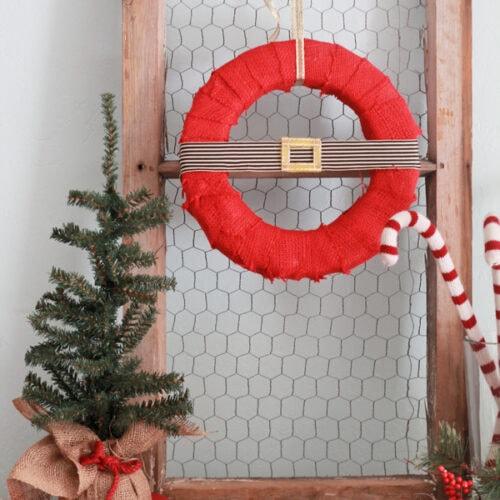 DIY Santa-inspired Holiday Wreath  via LollyJane.com