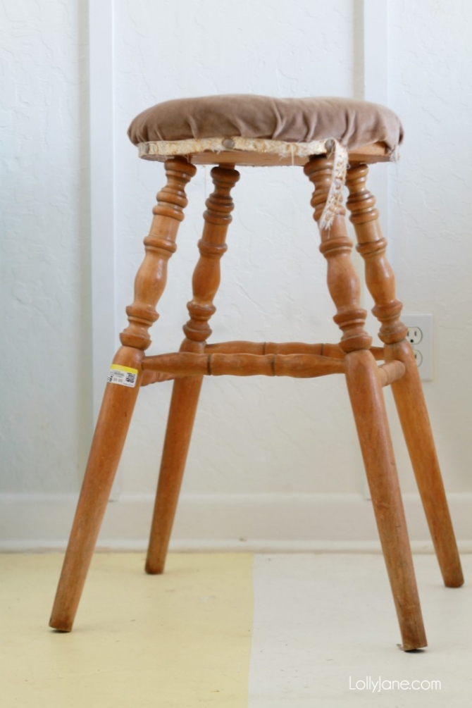 Gorgeous Mint Thrifted Gold-Dipped Bar Stool made over with BB Frosch Chalk Paint Powder!