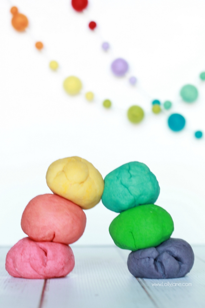 Easy rainbow playdough recipe...only 4 ingredients, just heat and knead then add coloring. Great kids craft, keep kids busy for hours!