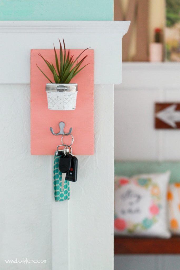 DIY Succulent Potted Mason Jar Key Holder |via LollyJane.com