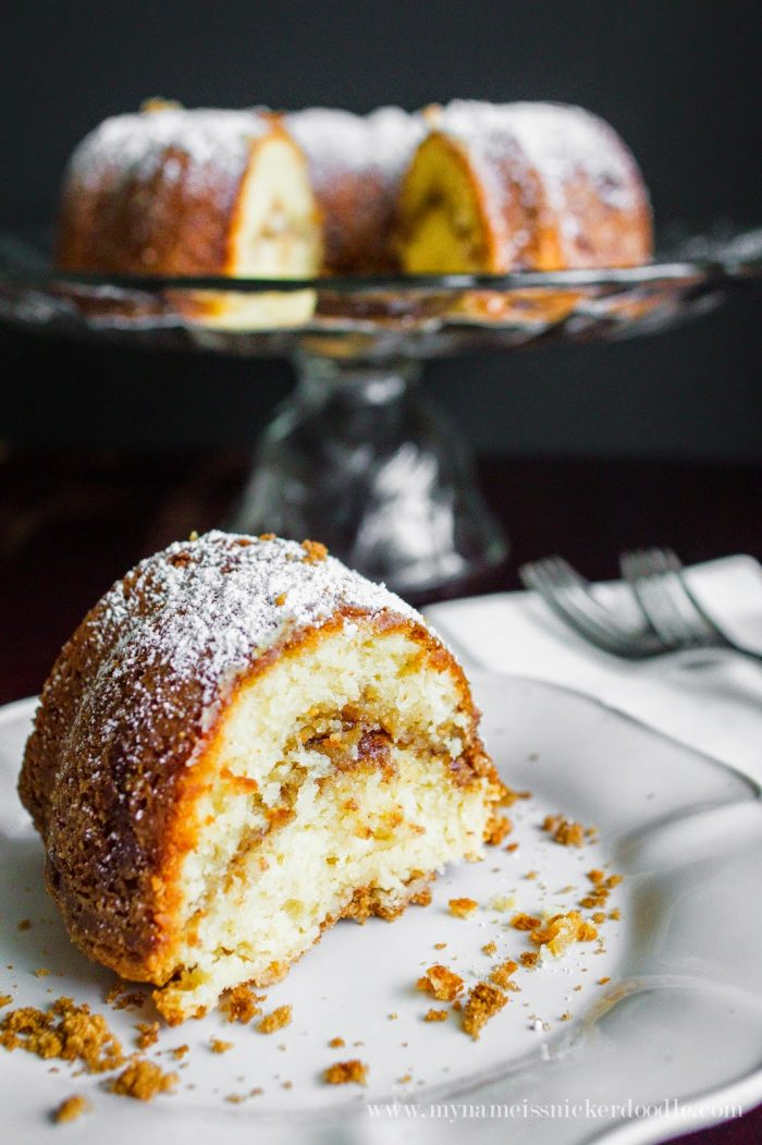 Cinnamon Sour Cream Bundt Cake
