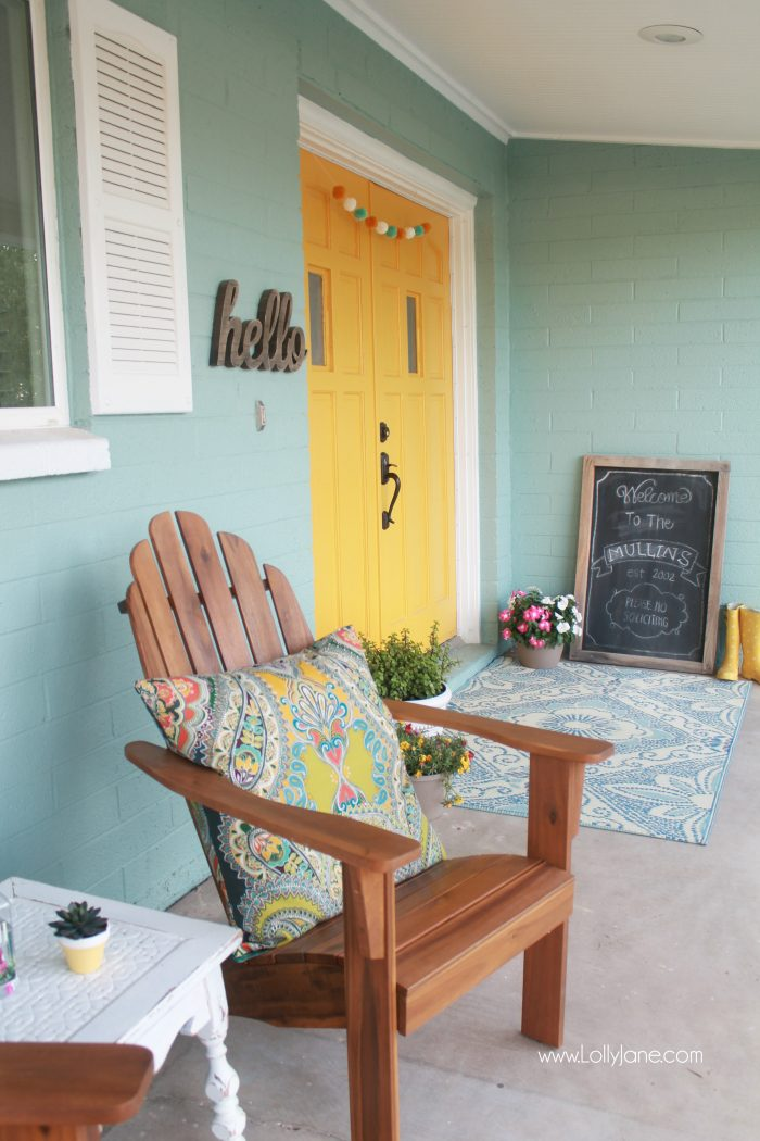 Coloful front porch spring ideas plus front porch garden decor and ideas! Plants to use for heavily shaded areas. #greenthumbchallenge
