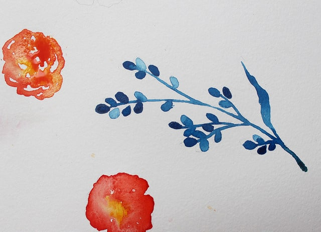 Learn how to paint watercolor berries, so fun! Love these easy watercolor flowers with a few quick steps. #watercolorberries #watercolorflowers #howtopaint #paintedwatercolorflowers