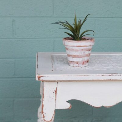 easy chalk paint table makeover
