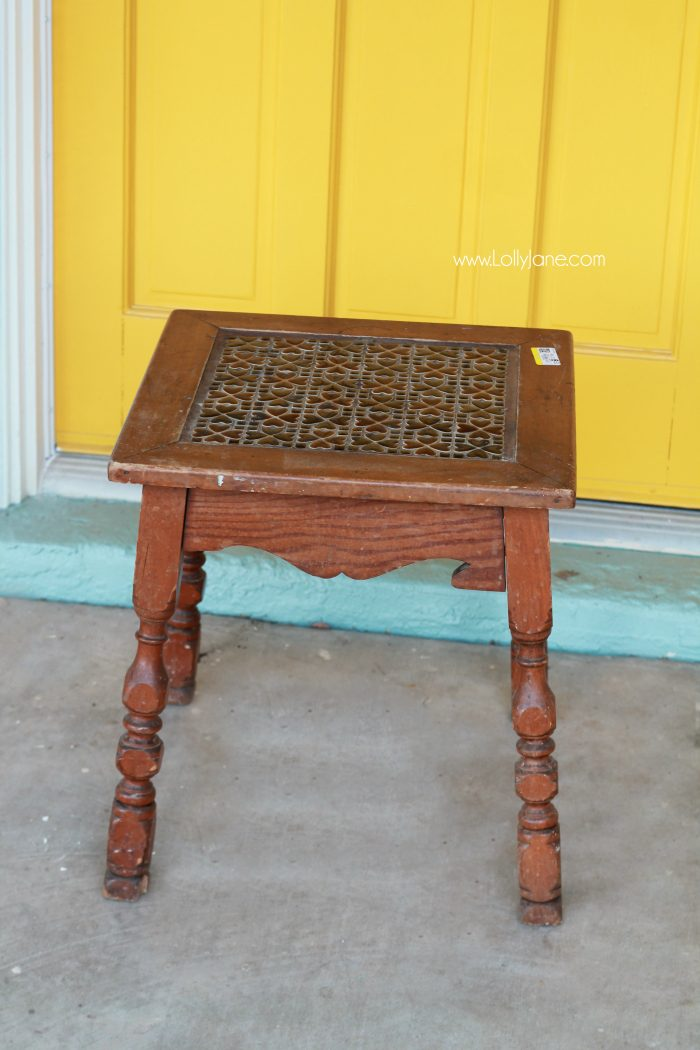 Pretty table makeover, check out the boring before. See how to turn a $8 thrifted table into a gorgeous after table! Love a good before/after furniture makeover. Love chalk paint and wax too!