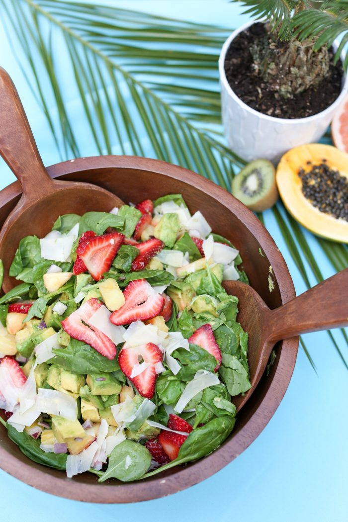 Make a colorful tropical fruit salad for the perfect summer party! Plus top 5 punch recipes! Click through for 4 more yummy punch recipes plus luau party ideas!
