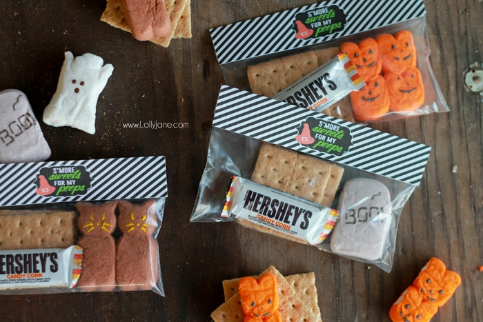 Halloween Smores + Free Treat Bag Toppers