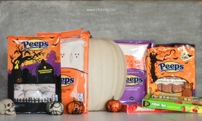 DIY Halloween Peeps-O-Lantern. Fun kid activity to display during the spooky season!