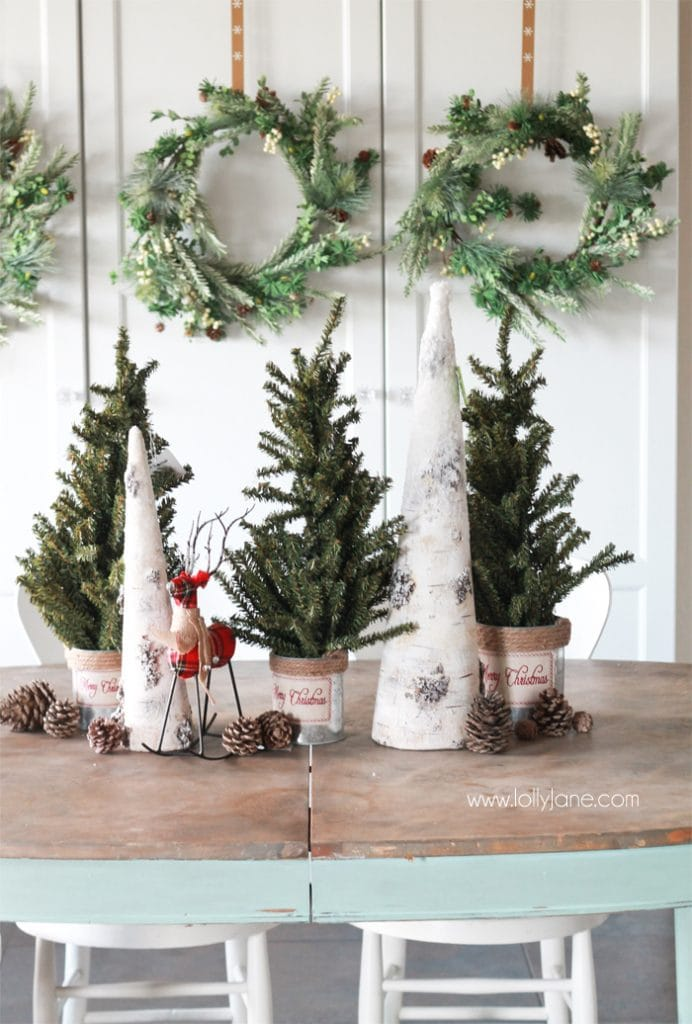 Easy Christmas Tablescape Decorating Ideas