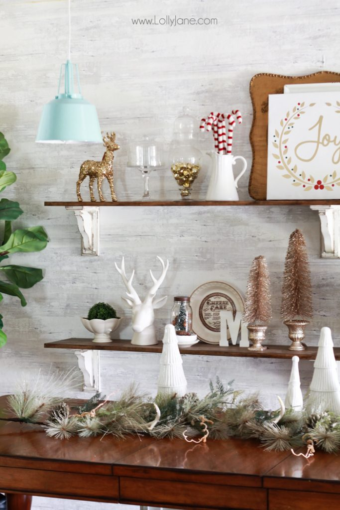How to decorate shelves for christmas for How to decorate bookshelves
