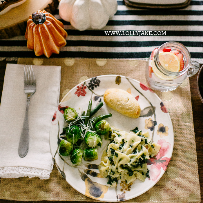 Easy Chicken Florentine Farfelle recipe! Perfect family dinner idea to focus on spending time together, not slaving over the stove.