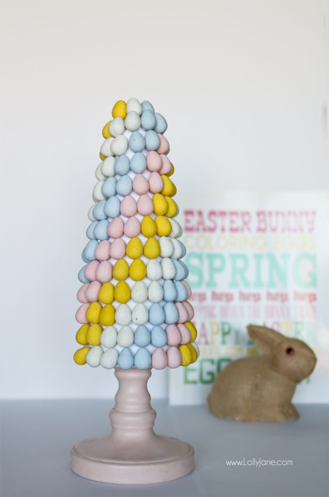 Easy Easter Candy Topiary. Cute centerpiece for Easter or spring!