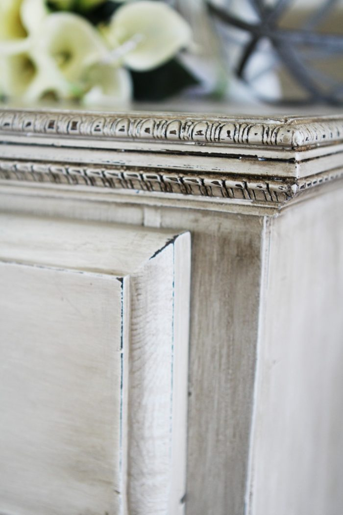 Pretty Antique White Dresser Makeover |via Mommy Envy