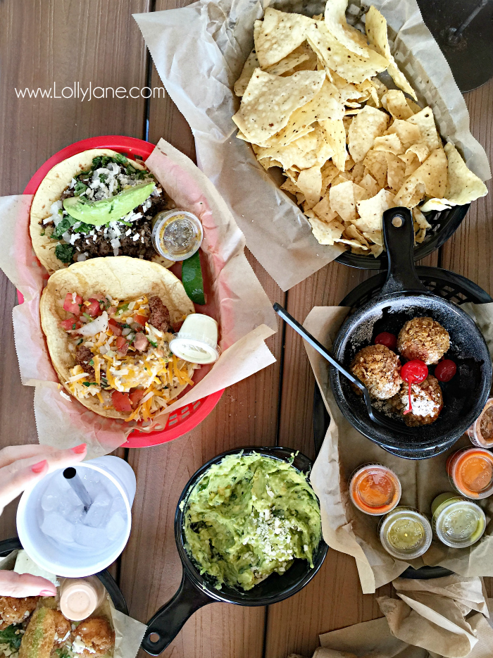 Must eat places in Waco TX, Torchy's Tacos in Waco, SO GOOD!