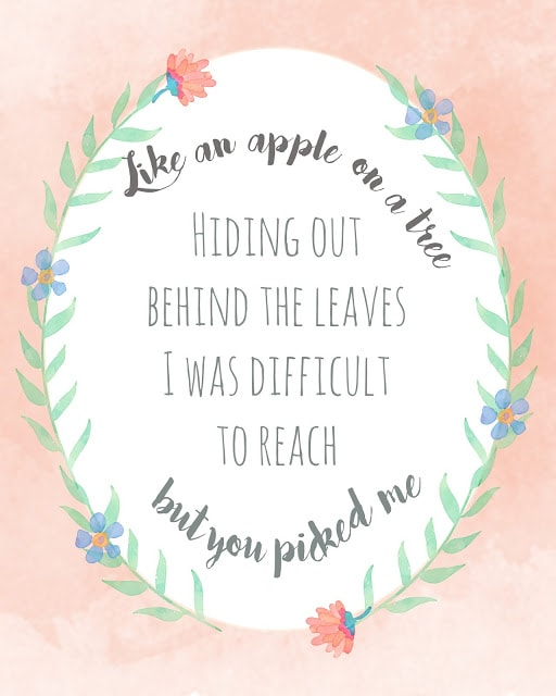 One Fine Frenzy, You Picked Me free print. Love this like an apple on a tree, you picked me free print. Love this floral free printable!