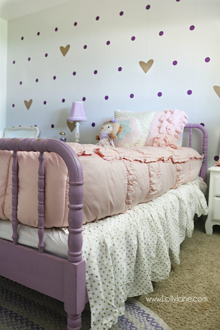 Little Girl Purple Gold Bedroom Makeover Pretty Purple And Gold Girls Bedroom Lots Of