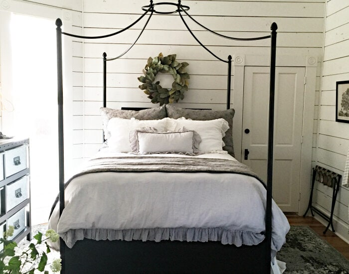 Places to visit in Waco, Texas. Great thrift store suggestions when visiting Magnolia in Waco. Lots of fun finds! Inside look at The Magnolia House!!