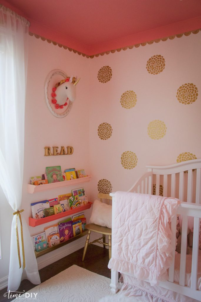 Gorgeous Gold Glam Toddler Room Reveal by TimeToDIY.com