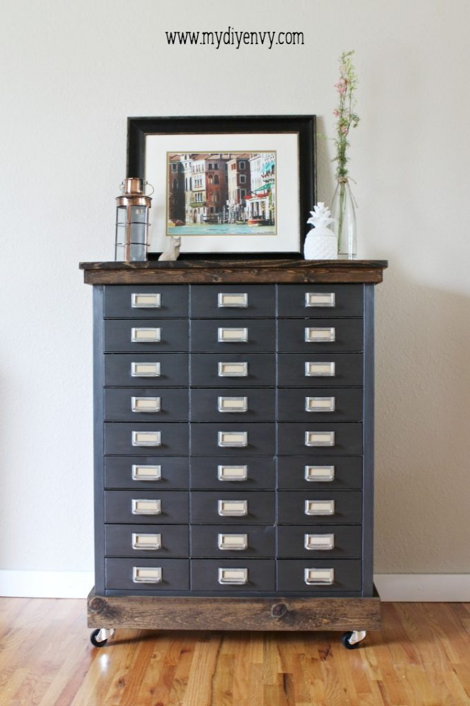 Metal filing cabinet makeover. Love this industrial farmhouse cabinet makeover!