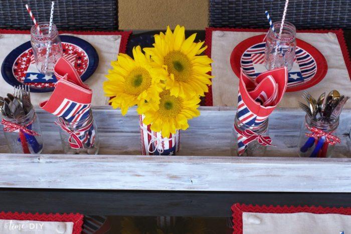 EASY 4th of July decor! Cute!!   via TimeToDIY.com