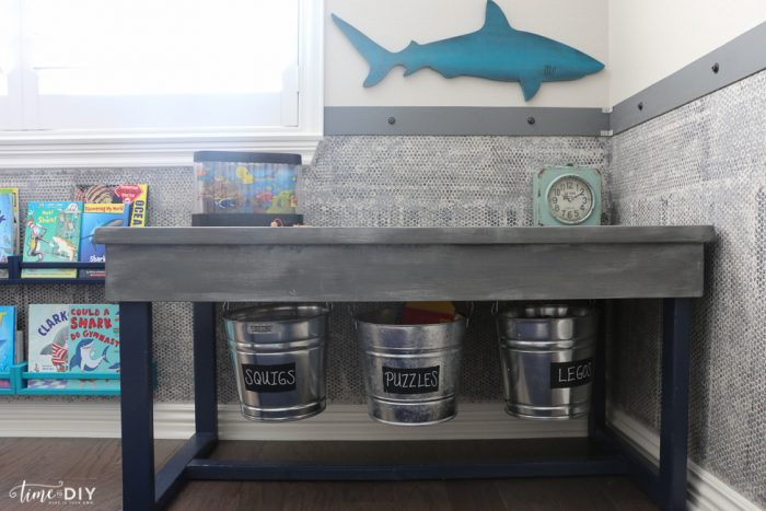 Awesome Ikea Hack, great makeover for kids room!