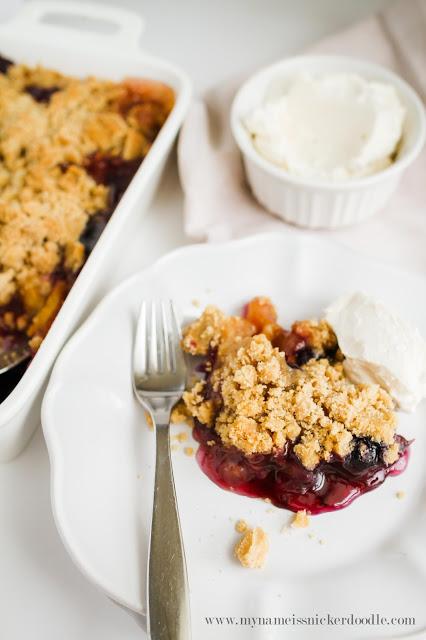 Yummy Peach Blueberry Crisp recipe! A family favorite!