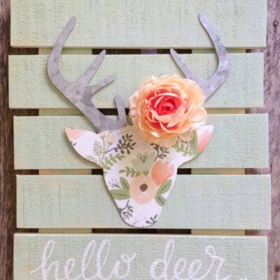 floral deer head pallet art