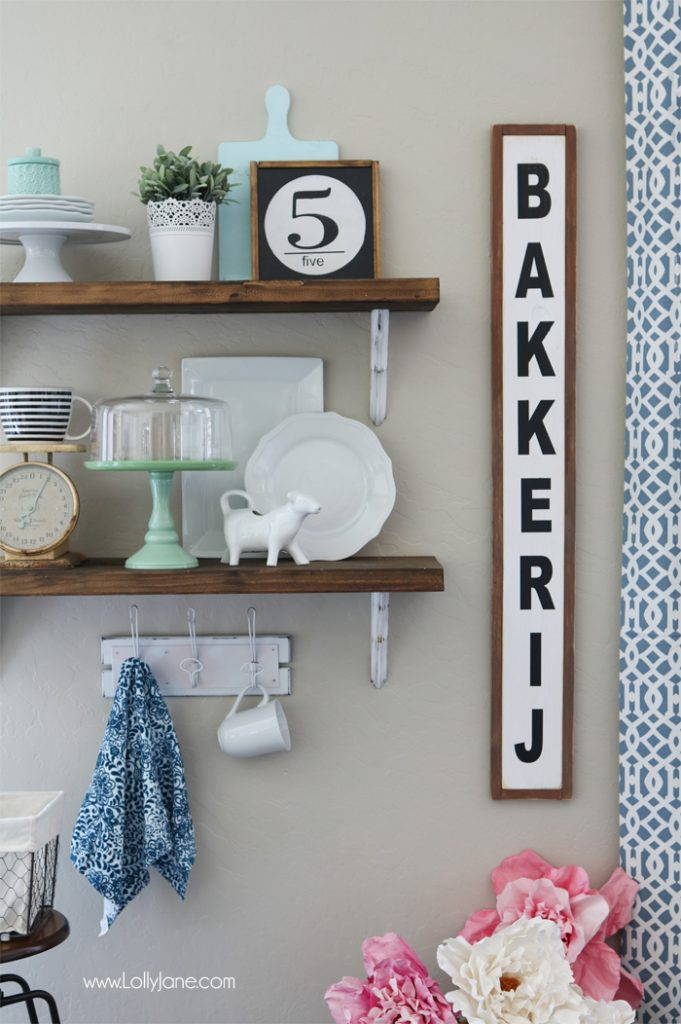 Farmhouse Chic Dining Room Shelf decorating ideas... love!