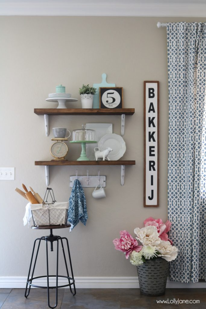 Bon Farmhouse Chic Dining Room Shelf Decorating Ideas... Love!