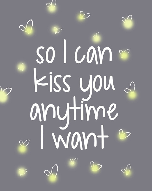 "Sweet Home Alabama, best movie ever! Snag a FREE printable ""So I can kiss you anytime I want"" on LollyJane.com!"