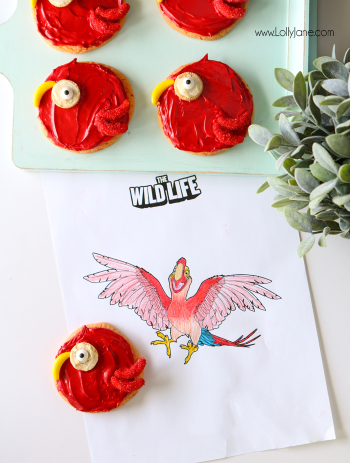 Cute! THE WILD LIFE Parrot Sugar Cookies, great for a jungle theme party!