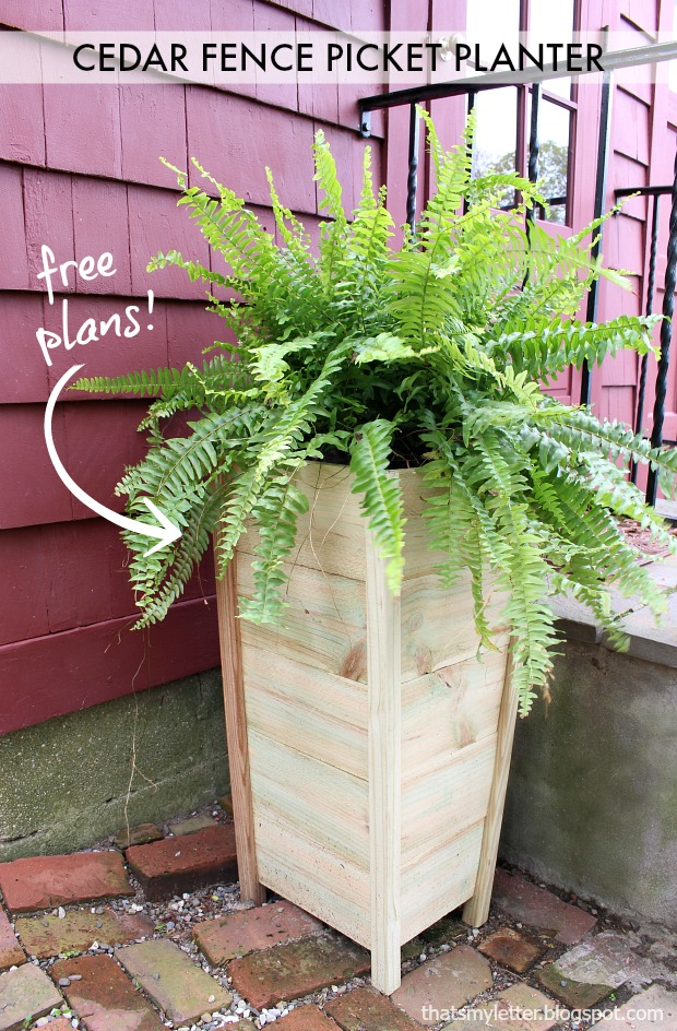 DIY Cedar Fence Picket Planter, easy tutorial and PERFECT for your porch!