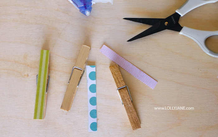 Check out these easy supplies to make butterfly snack bags using a few items from your pantry and craft stash. Fun ways to make kids snack time fun! #kidssnacks #healthykidssnacks #kidssnackideas #lunchideasforkids #howtomakebutterflysnackbags