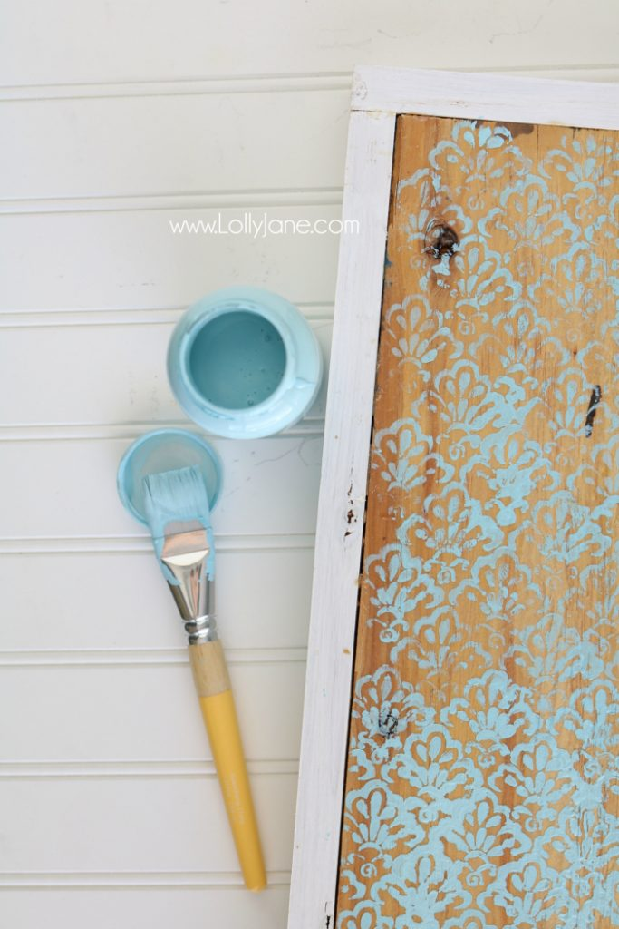 Cute Stenciled Wood Cutout HELLO sign, easy tutorial and perfect year round decor! Love!