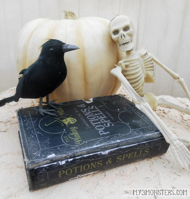 Halloween Spell Book Printable, so fun!