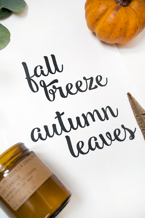 fFall Breeze Autumn Leave free printable. Love this free fall art! Such a pretty fall digital download!