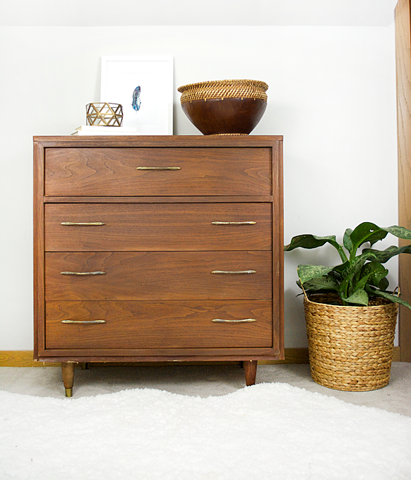 How to refinish a veneer dresser!