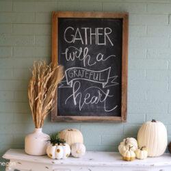 fall porch decorating hop ideas + FREE printable