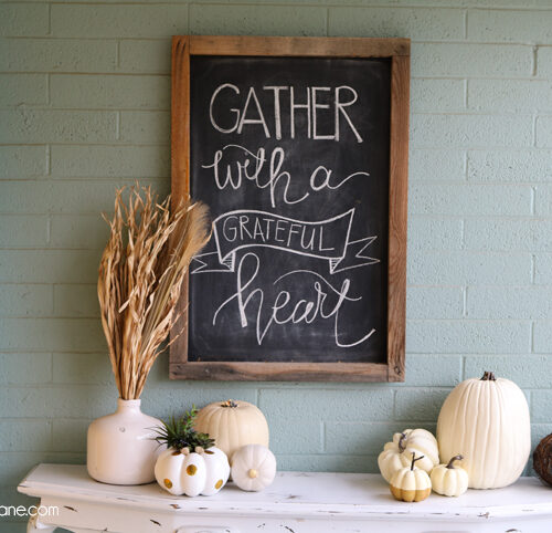 fall porch decorating hop ideas + FREE printable