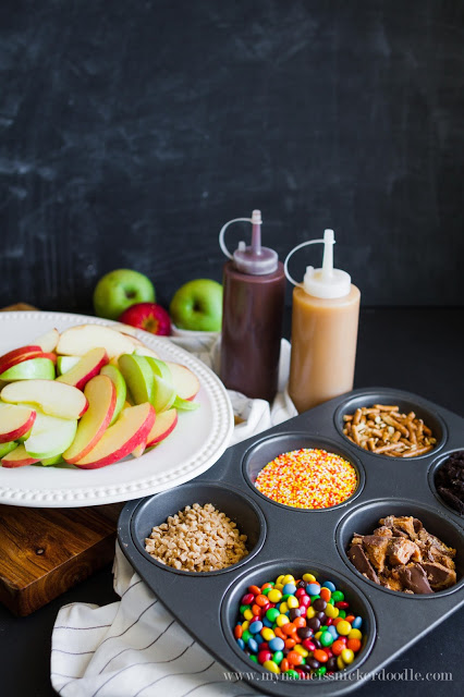 Caramel Apple Nacho Bar, such a fun idea! Love this easy entertaining dessert tip!