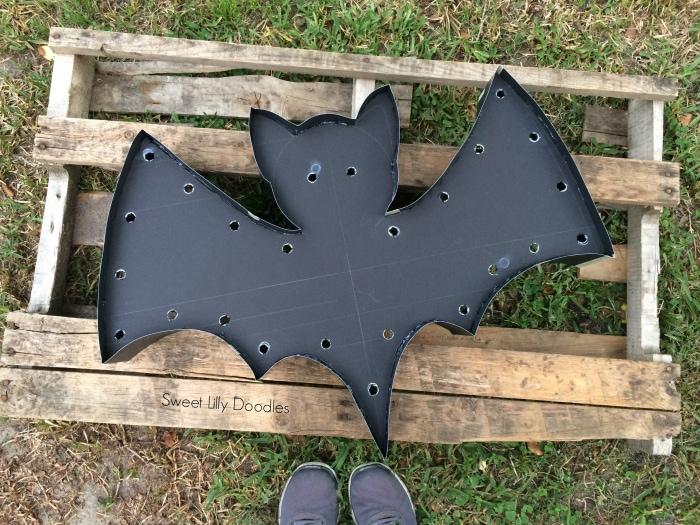DIY Halloween Bat Marquee