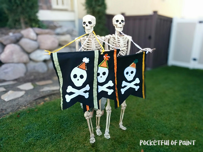 DIY Halloween Bunting, too cute paired with these fun skeletons!