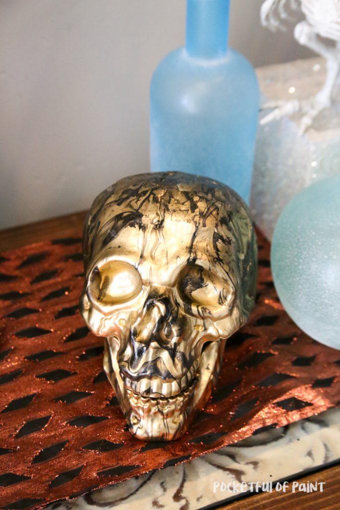 DIY Marble Skull, fun Halloween decor to make with the kids!