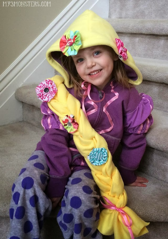 DIY Rapuntzel Halloween Costume, so cute!!!