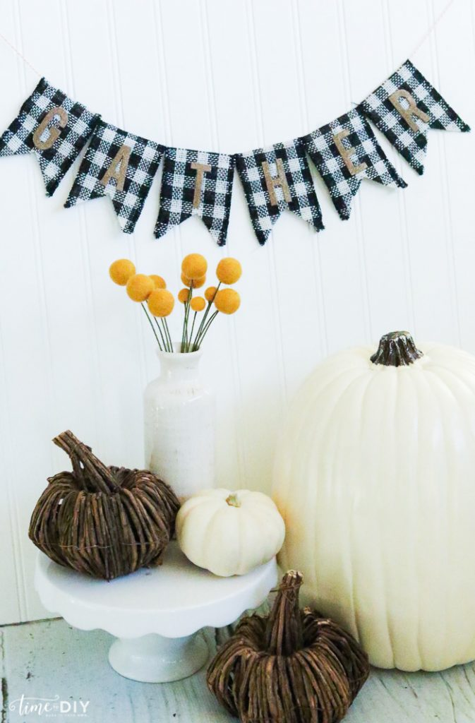 DIY Reversible Holiday Banners